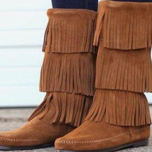 Minnetonka Three layer boots